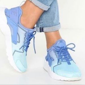 Ultra Rare Nike Air Hurache Run Ultra Blue Ombre
